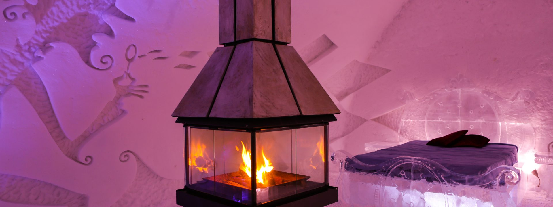 The Quebec Ice Hotel sparkles again